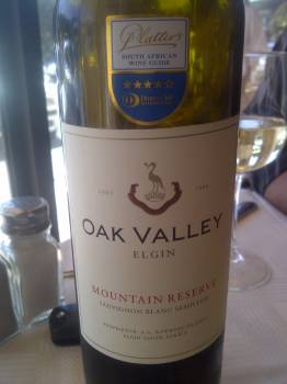 Strandveld Adamastor 2009 vs. Oak Valley Mountain Reserve 2009