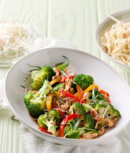 Broccoli and Cashew Nut Stir-fry