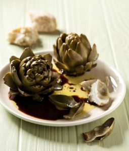 Steamed artichokes with a balsamic and olive oil dressing