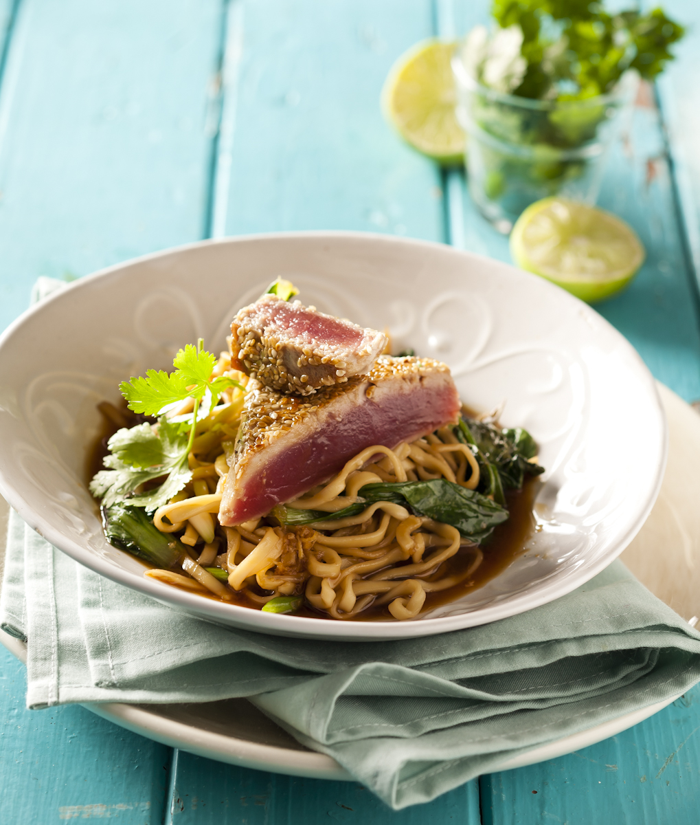 Seared tuna with noodles.