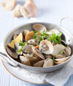 Thai steamed clams